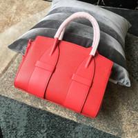 saco de couro bolsa de laptop cruz vermelha venda por atacado-Venda quente tote sacos de marcas famosas bolsas de ombro bolsas de couro real Clássico Vermelho Sacos de Corpo Cruz bolsa de negócios do sexo feminino 2019 bolsa
