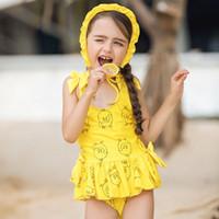 bonnets floraux achat en gros de-Maillot de bain une-pièce Big Girls Kids Designer Swim Little Yellow Duck Print Floral Sling maillot de bain Sportswear Ensembles Bonnet de bain