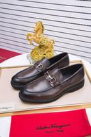 zapatos de vestir marrón oscuro para hombre. al por mayor-calza a hombres vestido hecho a mano de piel de becerro color marrón oscuro genuino correa Monk personalizados hebillas dobles 110601