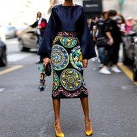 ingrosso stampe africane in vendita-GuyuEra New African Dress for Women Abito europeo e americano Stampa calda Vendita a maniche lunghe Gonna Abito Gonna lunga