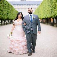 blush trägerlosen brautkleid großhandel-Plus Size Blush Pink Meerjungfrau Brautkleider Perlen Gürtel Liebsten Braut formale Kleider Cascading Rüschen Braut Kleider Vestidos De Noiva