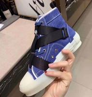 tatuagens tornozelos venda por atacado-Sapatas das mulheres Moda Ankle Boots Chaussures pour hommes Calçado de couro quente Lace-Up High Top Zapatos de mujer Tattoo Sneaker Boot DR03