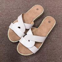 sandalias planas para mujer al por mayor-Womens Beach Sandals Moda Slip-on Casual Verano Zapatillas Plataforma Mujer Sandalias planas Mujer Tallas grandes Mujer Zapatos
