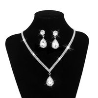 einstellungen für kristalle großhandel-Zinke Einstellungen Silber Kristall Hochzeit Zubehör Sets für Bräute Halskette und Ohrring Set mit Schmuck