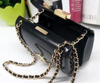 ingrosso borsa locale-Borse da donna in acrilico da donna, tracollina dorata in oro, mini borsa da sera con frizione oro / argento / nero