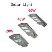 beste outdoor-gartenleuchten großhandel-LED Parkplatz Beleuchtung Solar Straßenlaternen 20w 40w Radarsensor Sicherheit Spot Licht wasserdicht Dämmerung bis Morgendämmerung Außenleuchte