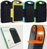 usb pil banka ücretli telefon toptan satış-Güneş enerjisi bankası 5000 mah Şarj LED el feneri Kamp lambası Çift USB Pil paneli Cep telefonu cep için su geçirmez Taşınabilir şarj