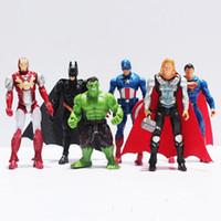 capitão américa figuras venda por atacado-Anime figura de ação Os Vingadores figuras super hero boneca de brinquedo bebê hulk Capitão América thor homem de Ferro 1 pcs Kid meninos presente de aniversário