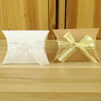 gelbe weiße geschenkboxen großhandel-100 STÜCKE Hochzeit Gefälligkeiten Box für Süßigkeiten Europäischen Stil Weiß Gelb Süßigkeitskästen DIY Geschenkbox Halter für Gäste Partei Liefert Paket