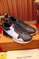 cartas triplas venda por atacado-(Com caixa) Llvv 2019 trunfo marca Mens Sapatos Casuais de couro Genuíno Triplo Branco Preto Trainer Men Moda Lazer Sneaker 38-46