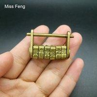 ingrosso antichi giocattoli cinesi-B355 / Giocattolo Mini Gag con serratura a codice zodiacale cinese antico stile retrò