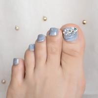 graue edelsteine großhandel-Mable Grey 3D Clear Gems Französisch Gefälschte Falsche Zehennägel Glitter UV-Druck auf Zehennägel Tipps Aufkleber Fußdeko Sommer Tragen Nagelspitze