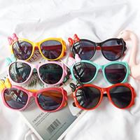 lindas gafas de sol de dibujos animados al por mayor-Gafas de sol de dibujos animados para niños Arcos lindo colorido de los vidrios de la protección UV400 de los vidrios al aire libre Playa Gafas de sol unisex Niños Niñas HHA1135
