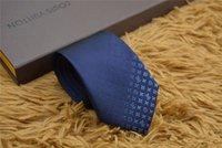 caixas de presente de seda vermelha venda por atacado-2019 novo clássico gravata qualidade 100% laço de seda caixa de presente marca 7 cm Azul vermelho preto edição clássica laço de moda marca masculina estreito ocasional