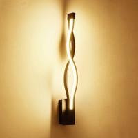 minimalistisches schlafzimmer nachttischlampen großhandel-Moderne minimalistische Wandlampen Wohnzimmer Schlafzimmer Nachttischlampe 16W AC96V 260V LED Wandleuchte Schwarz Weiß Lampe Gangbeleuchtung Dekoration