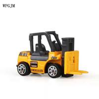 erkek çocuk oyuncakları kamyonlar toptan satış-6 Türleri / set Diecast mini alaşım inşaat araç Mühendislik Araba Dökümü-araba Damperli Kamyon Modeli Klasik Oyuncak Mini hediye için boy