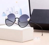 kutu incileri toptan satış-Marka Güneş Gözlüğü Moda Tasarımcısı Güneş Bayan Inci Lüks Güneş Gözlüğü Şık Sunglasse Cam UV400 Kutusu ile 5 Renkler Modeli C2183
