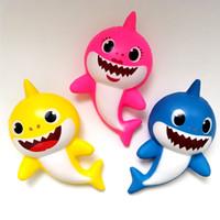 novo engraçado venda por atacado-3 cores Squishy PU bebê tubarão lento rebote brinquedos novo Squishy Simulação engraçado Gadget descompressão ventilação brinquedo B