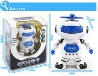 robots espaciales al por mayor-El nuevo robot de música espacial para caminar, un robot electrónico, un robot de juguete electrónico, 360 grados, girando música ligera, juguetes infrarrojos para niños.