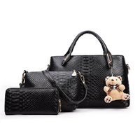 Wholesale skull chain piece resale online - Three piece women s trend embossed snake pattern handbag hot women s bag composite bags