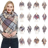 plaid de gran tamaño al por mayor-Moda Plaid Bufandas Niñas bufanda mujeres Chal Rejilla Oversized Tassel Wraps Lattice Triangle Neck Scarf echarpe Neckerchief homeware ZZA1094