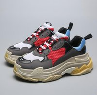 baskets limitées achat en gros de-2019 limitée pas cher Sale femmes munroBr Casual Chaussures Pour Triple s Hommes Femmes Low Cut Casual Chaussures Sneakers Unisexe Zapatillas formateurs
