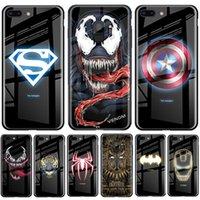 ingrosso i casi di telefono del batman iphone-Telefono Caso Batman Spiderman Luminous vetro temperato di lusso per iPhone XR XS MAX 7 8 11 6 Plus Pro MAX Ironman copertura del telefono