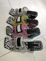 ingrosso scarpe tacco a blocchi rosa-Sandalo conciso in vinile trasparente con tacco alto e sandali donna scarpe 2019 Vintage Block tacco medio in tinta unita colorato con toni fluorescenti sandali EU43