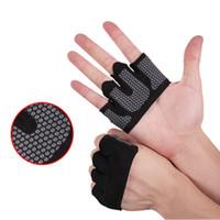 guantes de fitness mano al por mayor-Gimnasia de medio dedo guantes de entrenamiento Crossfit Guante Peso Potencia de elevación culturismo Protector de la mano de fitness Body Building