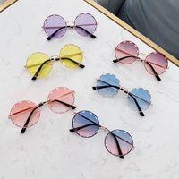 vasos de flores para niños al por mayor-cabritos de la flor de la moda gafas de sol de los niños de moda las gafas de sol de diseñador niñas gafas de sol lentes de resina niñas gafas Corea accesorios de los niños A6281