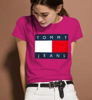 şık tasarım gömlek toptan satış-Moda ve yüksek kalite kadınlar yuvarlak yaka T-shirt marka tasarım mektuplar baskı joker yaz kısa kollu Tişört giymeli