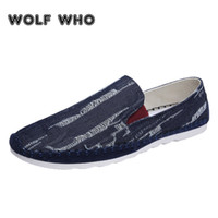 cbb566518 LOBO QUEM Masculino Denim Loafers Homens sapatos Casuais Respirável  Condução Tênis Para Caminhar Homem Deslizamento Em sapatos buty meskie  Krasovki X-043 # ...