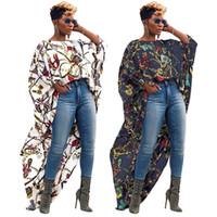 große blusen großhandel-Unregelmäßige Lange Tops Für Weibliche Große Goldkette Gedruckt Kurze Vordere Lange Zurück Mode Bluse Kurzarm T-stücke