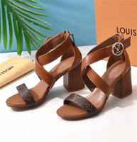chancleta de playa de tacón alto al por mayor-Nuevas sandalias de tacón alto para mujer Zapatillas de playa de cuero Zapatillas de deporte casuales Zapatillas con cordones para mujer Sandalias peep toe L242112