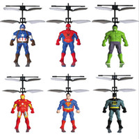 catapulta resplandor helicóptero al por mayor-RC Helicóptero RC infrarrojo Inducción Capitán América Hulk Spider-Man avión RC bola voladora juguetes voladores niños juguetes Led juguetes voladores