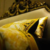 Wholesale european fashion bedding for sale - Group buy Luxury European Queen King Gold Bedding Set Fashion Bed Duvet Cover Set Brand Design Print Bedding Sets