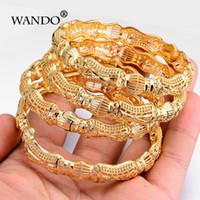 orta doğu altın bilezikleri toptan satış-Wando 4 adet / grup Yeni Altın Renk Etnik Bilezik Ortadoğu Hint Düğün Kadın Bileklik Fantezi Desen Takı B11 J190703 Açabilirsiniz