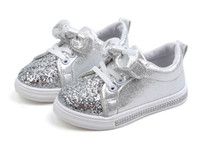 ingrosso le ragazze merlettano scarpe scolastiche-2019 Fashion Summer Girls Glitter Lace Up Scarpe da corsa per bambini Soft Girls School Shoes Scarpe sportive casual