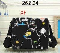 homens transversais corpo mensageiro bolsas venda por atacado-Business Design corpo cruz bolsa Designer Man Mulheres Vintage Mens Messenger Bag alta Pano Qualidade Bolsa de Ombro masculino Bolsa 26x8x24cm