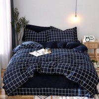 Wholesale stripped queen bedding resale online - Check And Strip Design Bedding Suit Quilt Cover Pics Fleece Fabric Duvet Cover High Quality Bedding Sets Bedding Supplies Home Textiles