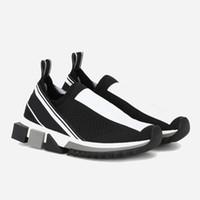 zapatos de deslizamiento al por mayor-Moda de lujo Sorrento Sneaker para hombre Zapatos de diseñador Tejido elástico Slip-on Sneaker Lady Dos tonos Caucho Micro suela Zapatos ocasionales 12