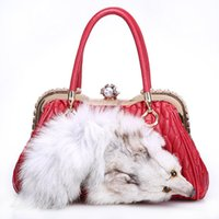 европейские сумочки оптовых-Лидирующий роскошь Fox меховой мешок женщин Европы американские моды имитация алмазов кожаные женские сумки на ремне сумки овчины + Fox Fur