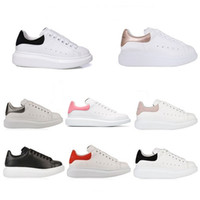 Wholesale golf trim resale online - Designer Womens White Suede Trim Leather Platform Shoes Fashion Flat Casual Party Wedding Shoes Mens trainers Sports Sneakers