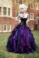 ingrosso abiti da sposa in corsetto viola-2019 New Purple e Black Organza Taffetà Ball Gown Gothic abito da sposa corsetto vittoriano Halloween abiti da sposa su misura