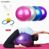 yoga denge egzersizleri toptan satış-65 cm Yoga Topları Spor Fitness Topları Bola Pilates Ile Gym Denge Spor Fitball Pompa Egzersiz Pilates Egzersiz Masaj Topu