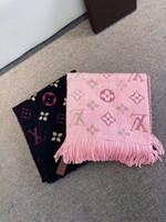 insecto de la flor al por mayor-La lana de alta calidad impresión de la letra de la cachemira de color bufanda de lana hilo chal de invierno M73659 borla largo bufandas 180 * 35cm