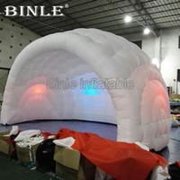 event zelt kuppel großhandel-Am populärsten 5.5X4X3.5m luftweißes aufblasbares Haubenzelt halb aufblasbares Stangenzelt mit bunten geführten Lichtern für Hochzeitsfestereignis