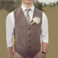 trajes de chaleco para el baile al por mayor-2019 Country Brown Groom Chalecos para boda Lana Espiga Tweed Por encargo Slim Fit Chaleco de traje para hombre Granja Vestido de fiesta Chaleco Tallas grandes