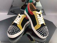 erkek boş ayakkabı fiyatları toptan satış-Kutusu ile Fabrika Fiyatı Mens Tasarımcısı Lüks Günlük Ayakkabılar Deri Düşük Üst Dikenler Kırmızı Alt Ayakkabı Mesh Erkekler Markalar Moda Kadınlar Leisure Ayakkabı