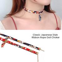 muñeca japonesa de chicas calientes al por mayor-Venta caliente clásico estilo japonés cinta de cuerda muñeca gargantilla chicas lindas pájaro gato carpa colgante collar corto para damas exquisitas